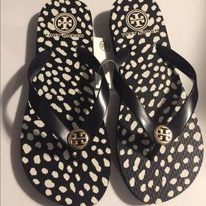 Tory Burch Flip Flop~Size 7~Sandals~Black~New